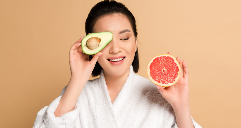 5 Foods That Make Your Skin Glow